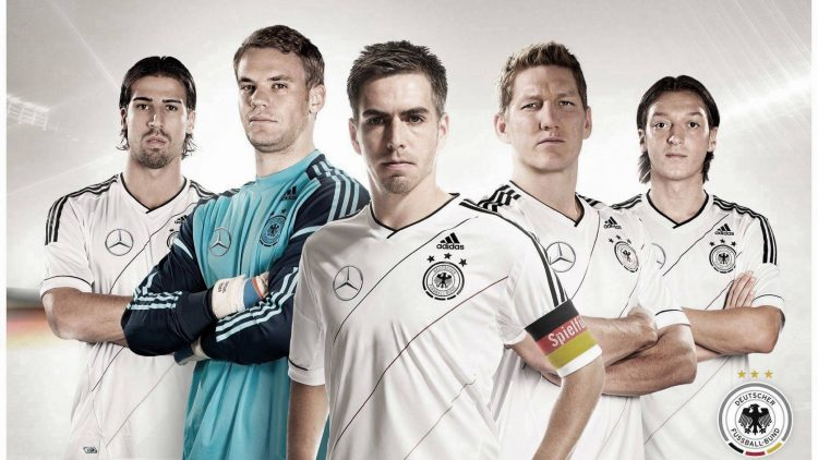 Allemagne National Football Team2012 2013